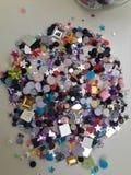 Folkmassa av färger arkivfoto