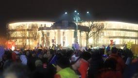 Folkmassa i Bucharest - Piata Victoriei i 04 02 2017 Royaltyfria Bilder