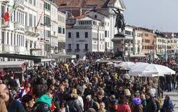 Folkmassa i Venedig Arkivfoto