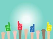folkmassa Lyftta händer som bär skumfingrar Fansen triumferar för seger vektor illustrationer