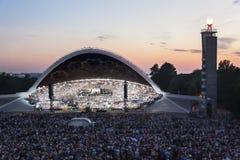 Folkmassa på den estländska nationella sångfestivalen i Tallinn Royaltyfria Bilder