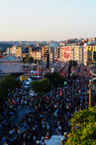 Folkmassa på gasad manfestival Arkivbild