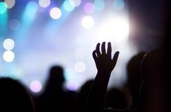 Folkmassa på konserten arkivfoto