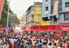 Folkmassa under Ganesh Festival i Indien Arkivbild