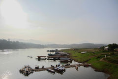 Folkways берега реки стоковые фото
