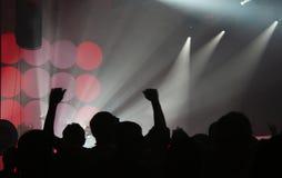 Folla ad un concerto Fotografia Stock Libera da Diritti