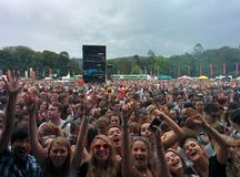 Folla al festival di longitudine Dublino 2014 fotografia stock