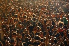 Folla dalla prospettiva del ` s dell'uccello Immagini Stock Libere da Diritti
