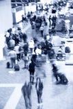 Folla dell'aeroporto Immagini Stock