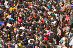 Folla della gente al festival di songkran Fotografia Stock Libera da Diritti