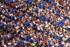 Folla della gente allo stadio Fotografia Stock