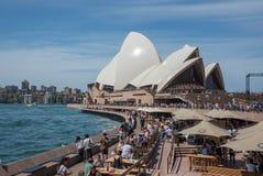 Folla di Antivari di opera e di Sydney Opera House Immagine Stock Libera da Diritti