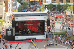Folla di festival di jazz a Montreal Fotografie Stock Libere da Diritti