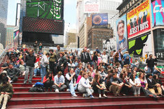 Folla in Times Square Fotografie Stock Libere da Diritti