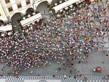 Folle nel quadrato di Città Vecchia, Praga Immagini Stock Libere da Diritti