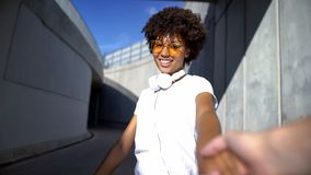 Free Follow Me Couple, Beautiful Afro-american Woman Looking At Camera, Travelling Stock Photography - 145145912