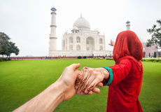 Follow-me zu Taj Mahal stockbild