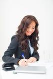 Fonctionnement attrayant de femme d'affaires Photographie stock libre de droits