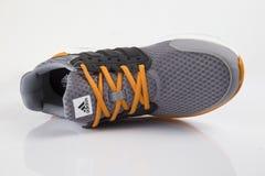 Fonctionnement d'Adidas d'espadrille Photos libres de droits