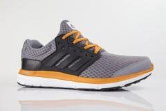 Fonctionnement d'Adidas d'espadrille Photos stock