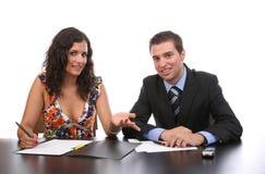Fonctionnement de couples d'affaires images libres de droits