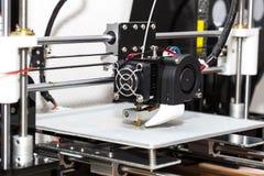 fonctionnement de mécanisme de l'imprimante 3d Photos stock