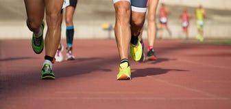Fonctionnement de personnes d'athlétisme Image libre de droits