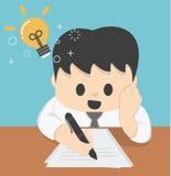 Fonctionnement de Thinking Ideas Strategy d'homme d'affaires Concept des idées Photographie stock