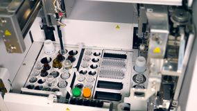 Fonctionnement pharmaceutique automatisé moderne de machine
