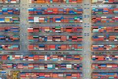 Fonctionnement a?rien de cargo de conteneur de vue sup?rieure Importations-exportations d'affaires logistiques et transport d'int photographie stock libre de droits