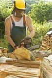 Fonctionner avec du bois Image stock