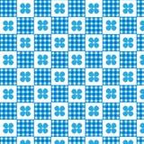 Fond à carreaux de modèle de plaid blanc bleu et de fleur bleue Images stock