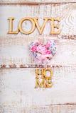 Fond à la maison d'amour en bois blanc Photographie stock libre de droits