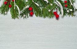 Fond élégant de Noël sur le bois blanc Photos stock