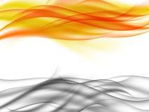 Fond abstrait avec de la fumée grise horizontale et flammes oranges devant l'un l'autre Image stock