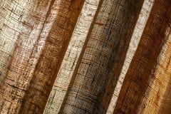 Fond abstrait avec des rideaux de Tulle de toile Photographie stock