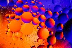 Fond abstrait cosmique d'univers de l'espace ou de planètes Sctructure abstrait d'atome de molécule Bulles de l'eau Macro tir d'a Photographie stock