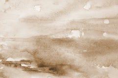 Fond abstrait d'aquarelle sur la texture de papier Dans la sépia modifiée la tonalité photos stock