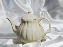 Fond abstrait de théière de porcelaine Image libre de droits