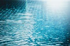 Fond abstrait de vague d'eau dans la piscine Images stock