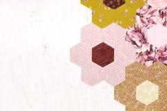 Fond abstrait des morceaux hexagonaux de ` s de grand-mère de tissu Images libres de droits