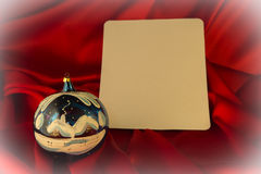 fond Ardent-rouge pour des félicitations sur Noël et le nouveau YE Images stock