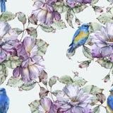 Fond avec des roses et des oiseaux bleus Configuration sans joint Photo libre de droits