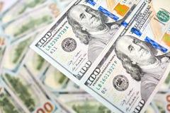 Fond avec l'Américain d'argent cents billets d'un dollar Photo libre de droits