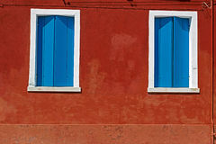 Fond avec la façade de bâtiment dans Burano, Italie Photo stock