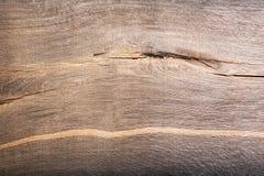 Fond avec la texture en bois rayée préhistorique de chêne de marais Cl Photos libres de droits