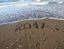 Fond avec le texte 2017 sur la plage en été Photos libres de droits