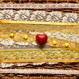Fond avec les coeurs rouges Image stock