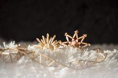 Fond avec les décorations traditionnelles de Noël Photographie stock libre de droits