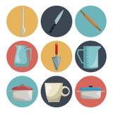 Fond blanc avec la couleur de collection d'ensemble de la cuisine différente d'éléments d'icônes Images libres de droits